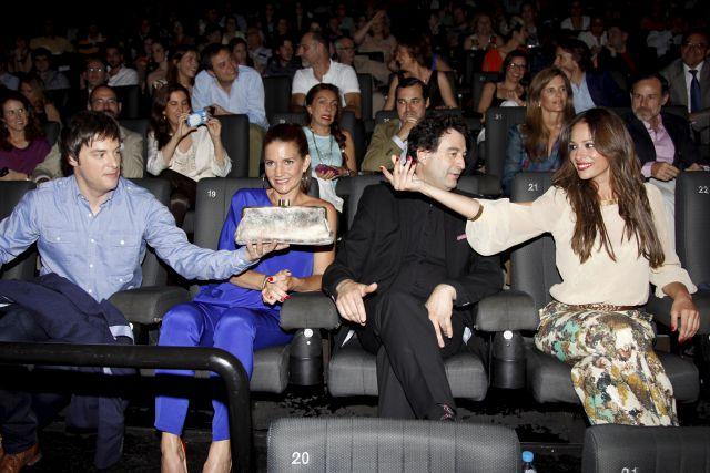 En los cines kin polis cool gals for Sala 25 kinepolis
