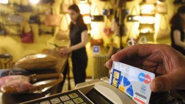 tarjeta de crédito xxx córneo