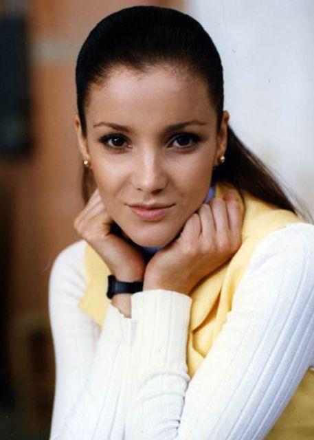 Karla lvarez perteneci a televisa durante toda su for Espectaculos recientes de televisa