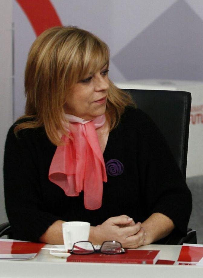 """Valenciano, a Rajoy: """"No nos mande callar, es impropio y patético"""""""