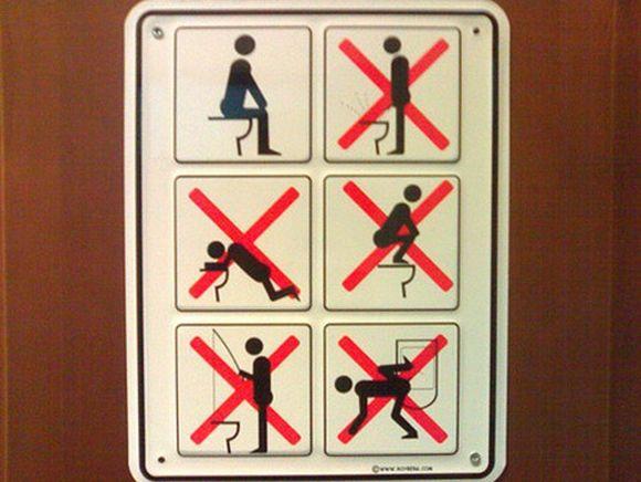 carteles de baños curiosos - friki.net - Imagenes De Bano Solo Para Mujeres