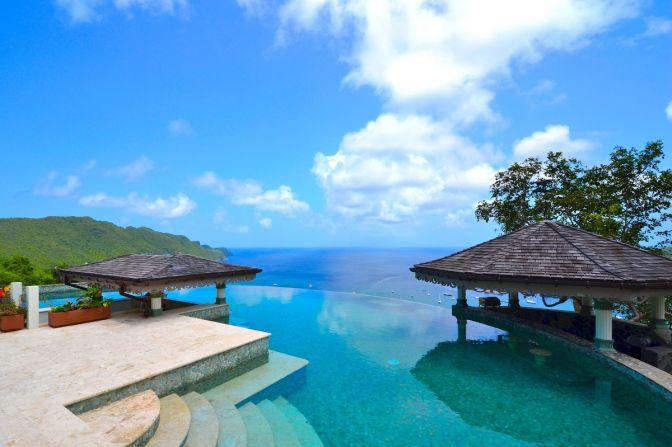 Diez piscinas privadas espectaculares e infinitas qu es for Porno xxx en la oficina