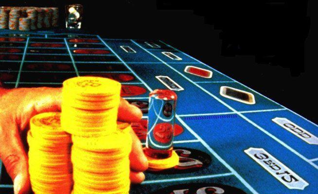 Denuncia a un casino porque perdió dinero estando ebrio
