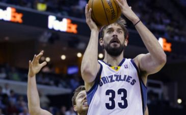 NBA: Los Grizzlies salen de puesto 'play-off' en Portland