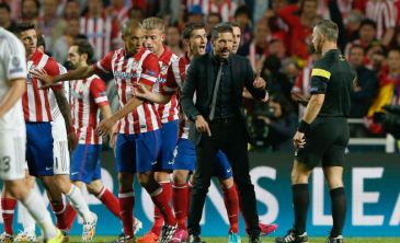 Final Champions Lisboa: Simeone y Xabi no conocer�n su sanci�n hasta julio
