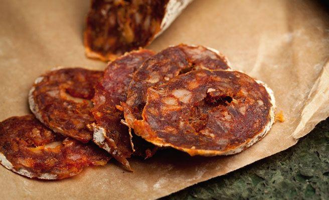 Comer chorizo, salchichas o bacon puede aumentar el riesgo de insuficiencia cardiaca