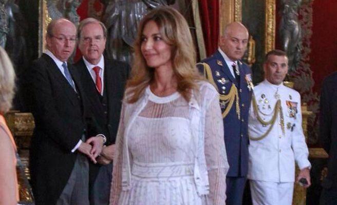 Mariló Montero, reina de las miradas en la coronación de Felipe VI