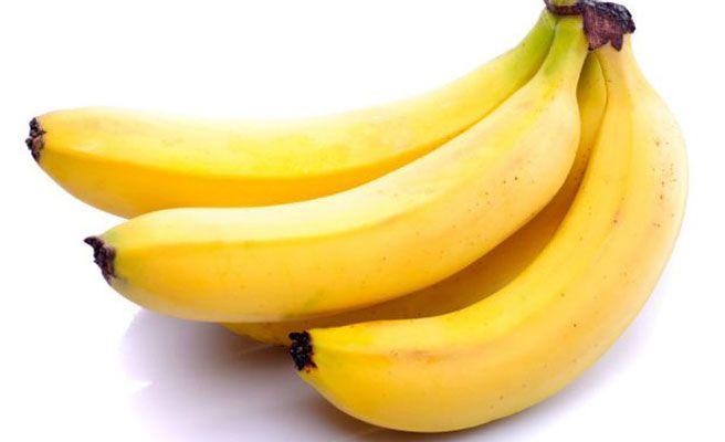 Detenido por apuntar con un plátano a dos policías