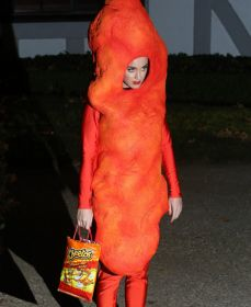 Katy Perry disfrazada de Cheeto