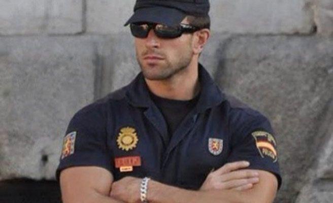 http://www.que.es/archivos/201410/policia_brazacos-672xXx80.jpg