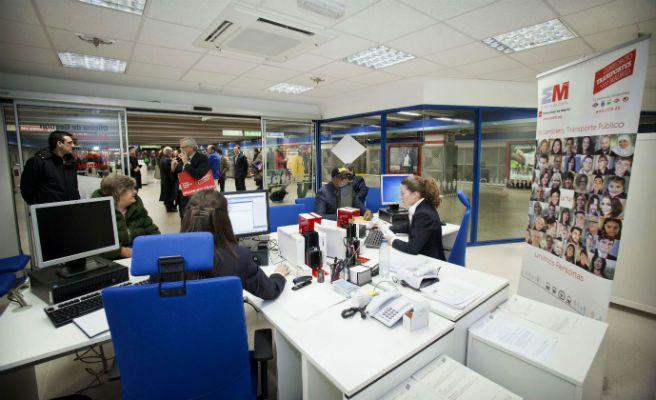La comunidad de madrid abre en atocha y en parla dos for Oficina transporte publico