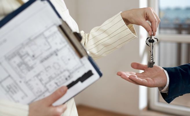 Cataluña, Madrid, Canarias y Baleares, comunidades donde es más rentable comprar casa para alquilarla