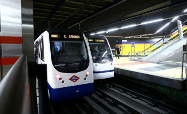El globo de un niño corta la línea 2 del Metro de Madrid una hora