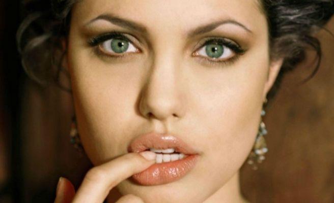 Resultado de imagen para Angelina Jolie labios
