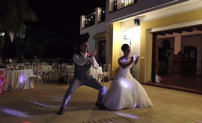 El alucinante baile de bodas de una pareja británica -- Qué.es