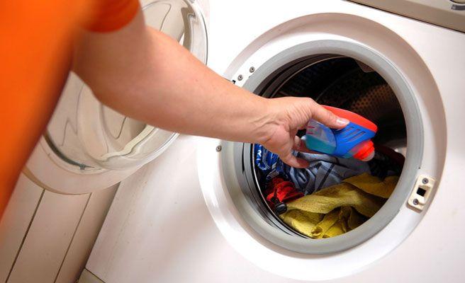 Trucos para lavar la ropa en la lavadora y que salga bien for Lavar cortinas en lavadora