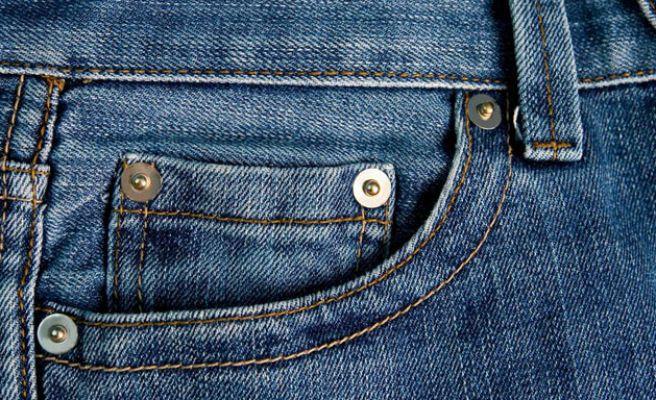 ¿Qué función tiene el bolsillo pequeño de los vaqueros?