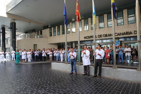 Canarias se queda en silencio por Cataluña