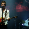 Noel Gallagher llora cantando 'Don't look back in anger' en Manchester