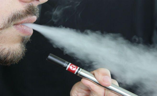 Muere tras la explosión de su cigarrillo electrónico