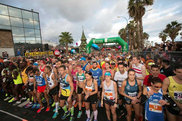 El Cajasiete Gran Canaria Maratón cierra las inscripciones con casi 1.600 atletas en el 42K