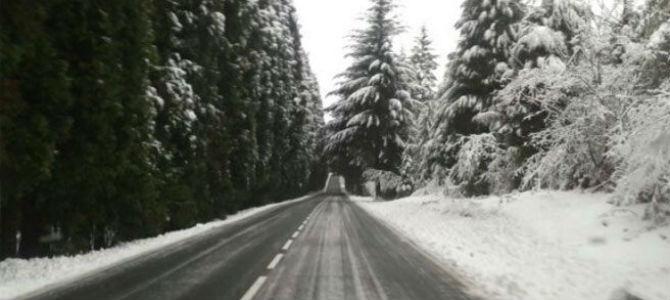 Niebla, nieve y hielo dificultan el tráfico en la comunidad aragonesa