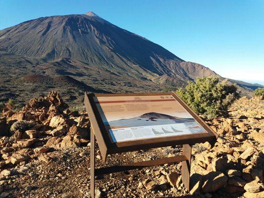El Parque Nacional del Teide habilita nuevas mesas interpretativas para difundir sus valores