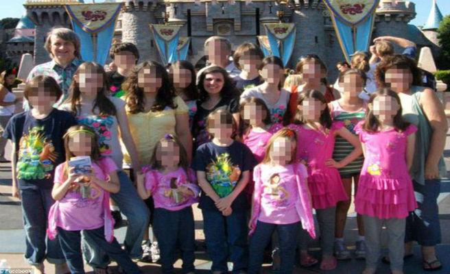 El que es coneix sobre els pares que han encadenat als seus 13 fills a Califòrnia