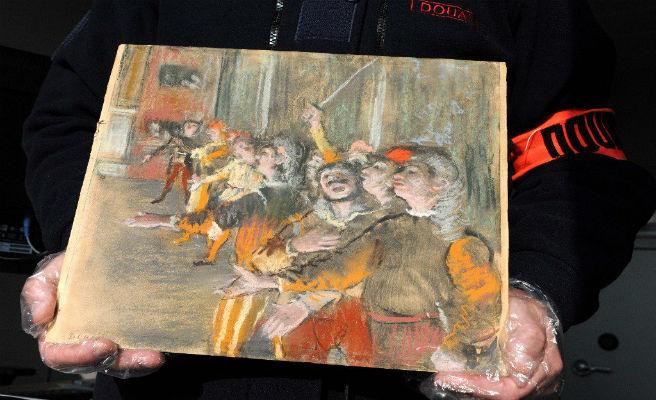 Troben un Degas, robat fa 8 anys, a l'interior d'una maleta en un autobús
