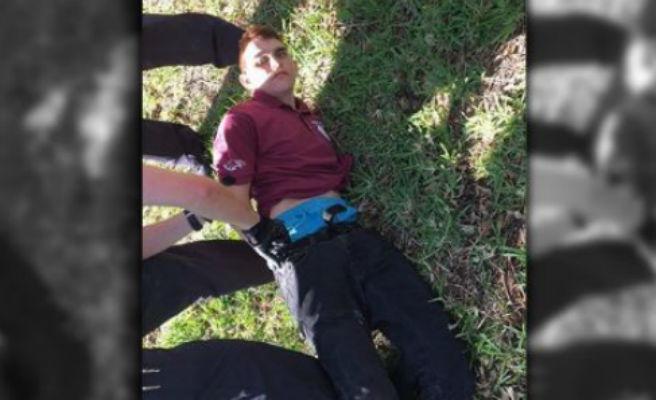 17 morts en un tiroteig en un institut de Florida: Així es va perpetrar la matança