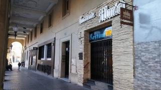 """El mítico bar de estudiantes """"Munich"""" echa el cierre en Zaragoza"""