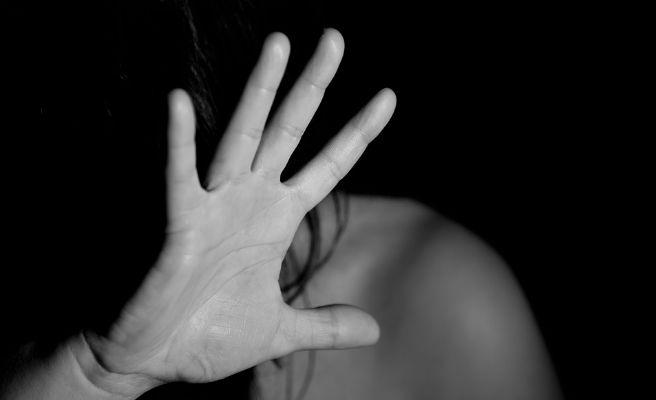 Agressors masclistes reben violència virtual perquè empatitzin
