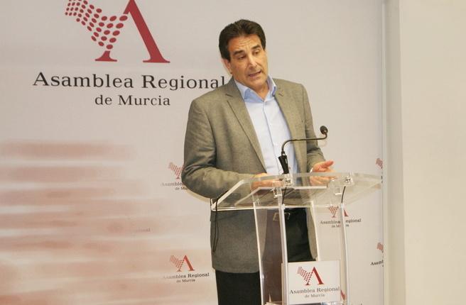 El PSOE critica la inoperancia y falta de ideas del Gobierno regional para solucionar el problema del paro en la Región