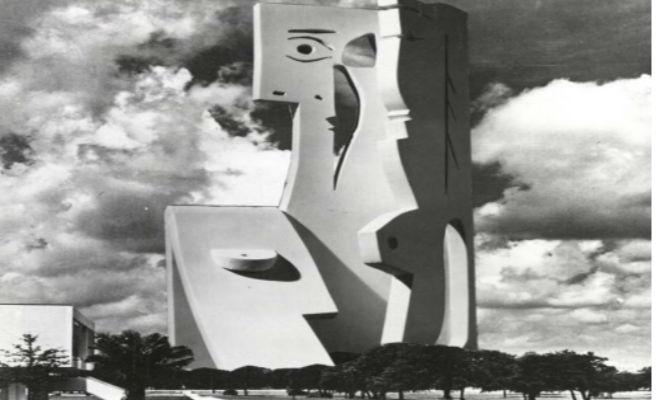 Hallan los planes de Picasso de construir la escultura de hormigón más alta del mundo