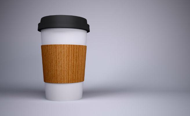 Una famosa cafetería empieza a cobrar por los vasos de café