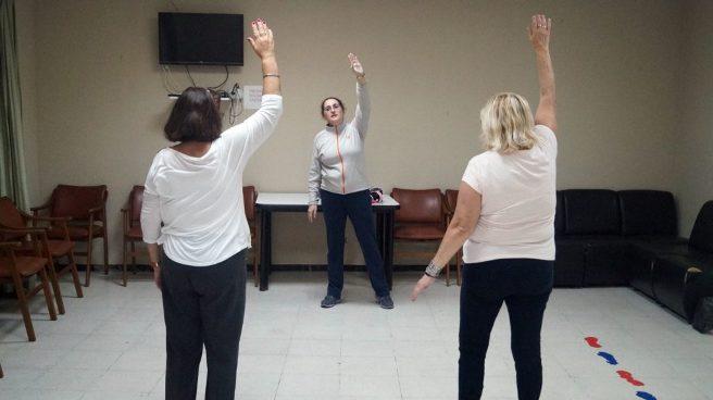 El Club de la Tercera Edad de Sardina ofrece una charla y taller para estimular el envejecimiento activo
