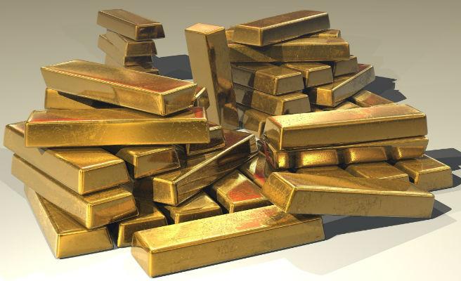 Roba siete lingotes de oro y descubre que ¡son falsos!