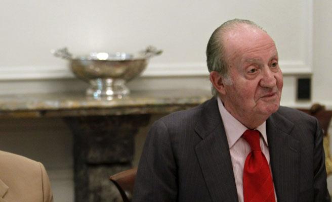 El rey emérito Juan Carlos I volverá a pasar por el quirófano para sustituir una de sus prótesis