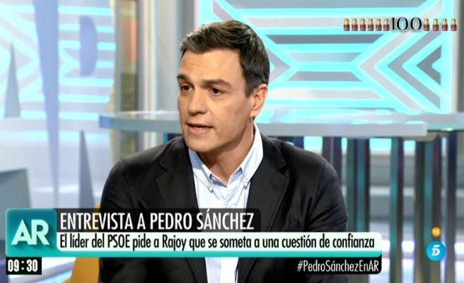 """Pedro Sánchez: """"Rajoy parece un conductor dormido al volante del país"""""""