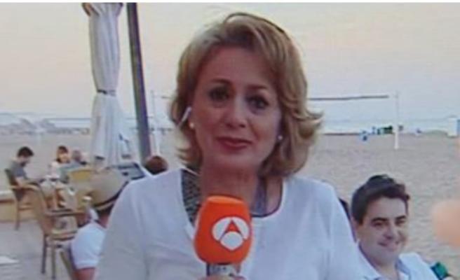 Un hombre disfrazado entra en directo en Antena 3