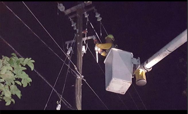 La negligencia de un operario deja sin luz a todo Puerto Rico