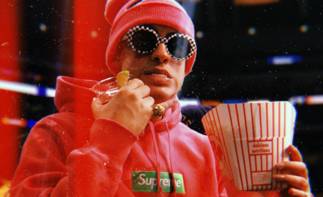 Video Bad Bunny Agrede Brutalmente A Un Fan En Las Vegas Que