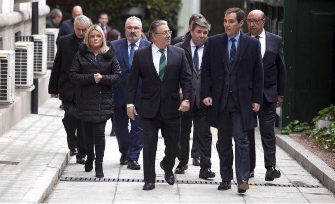 Mundial de Rusia: Juan Ignacio Zoido garantiza la seguridad de la afición española