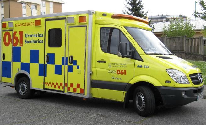 Herido de gravedad un menor que se precipitó desde un cuarto piso en Monforte de Lemos (Lugo)