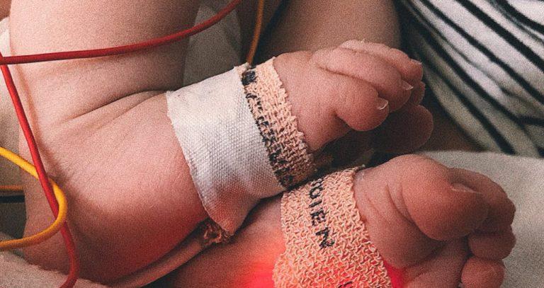 """La emotiva carta del padre de Marina: """"Operaron a mi hija del corazón con solo un mes"""""""