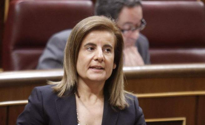 """Báñez afirma que la moción busca """"dar un contrato de trabajo"""" a Pedro Sánchez y dice que es una """"vergüenza"""""""