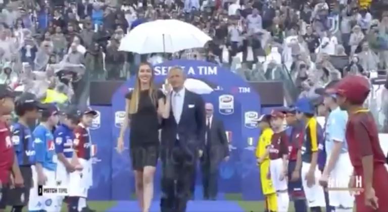 Las redes acusan a la Juventus de machismo en la celebración de los trofeos