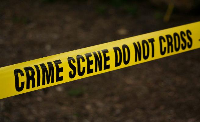 Un ladrón roba 13.000 dólares de la escena de un crimen