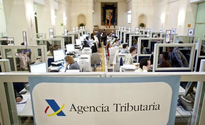 Hoy comienza la atención en las oficinas de la Agencia Tributaria para hacer la declaración de la Renta