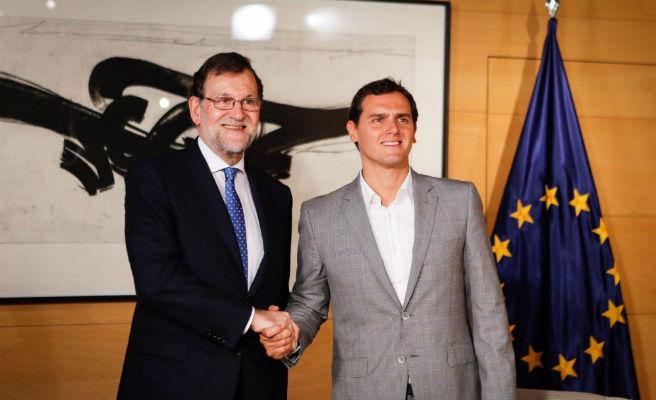 Rajoy se reúne con Rivera para analizar la situación en Cataluña tras la investidura de Torra